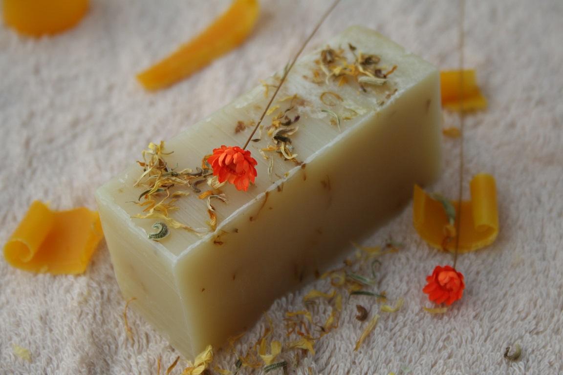 Olivové mýdlo krájené - s měsíčkem lékařským