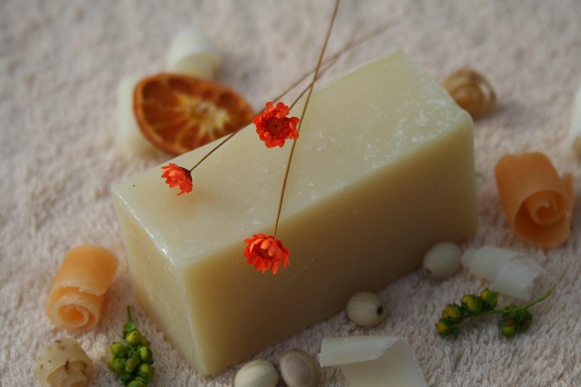Olivové mýdlo krájené - s vůní levandule