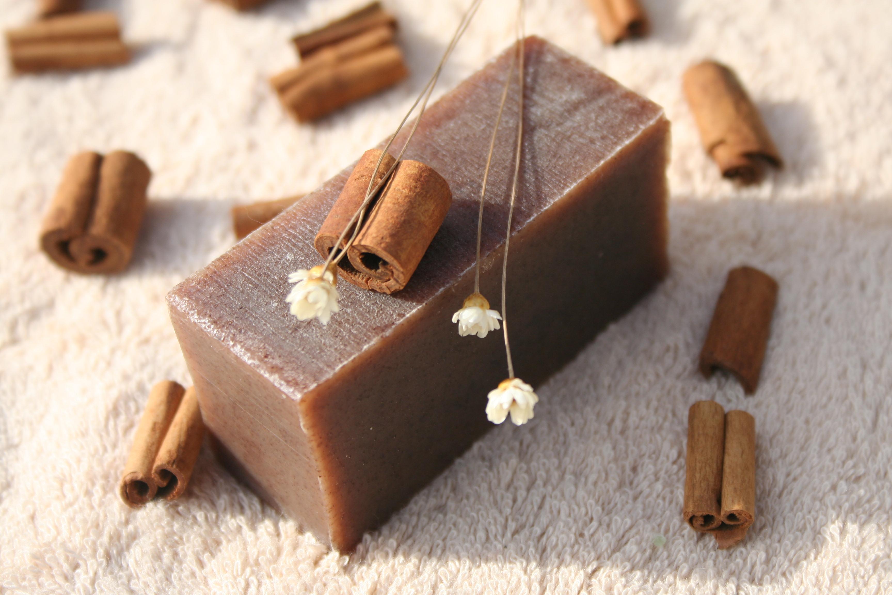 Olivové mýdlo krájené - skořice